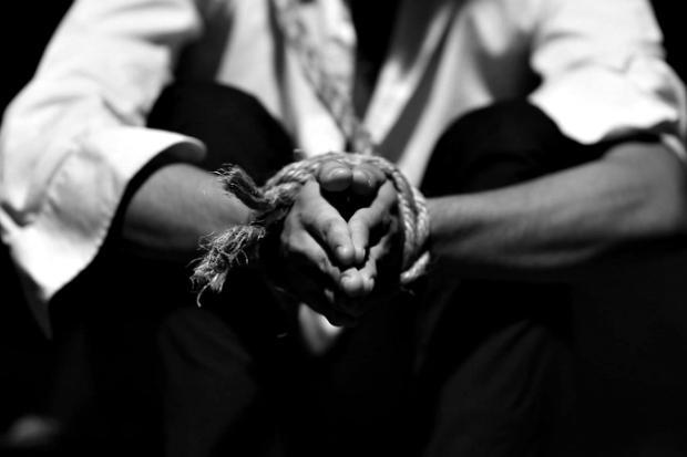 hands-tied