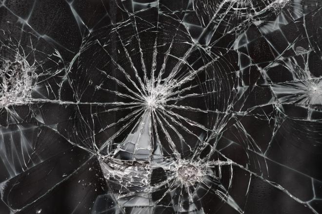 Cracked_Glass_Texture_I_by_EverythingIsInStock